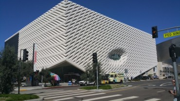 Broad Museum, Los Angeles, Daytime,