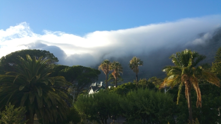 This is a morning view of Table Mountain. Magical. Let's start another day! And another post :)