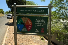 sign showing the danger of fire in the table mountain national park