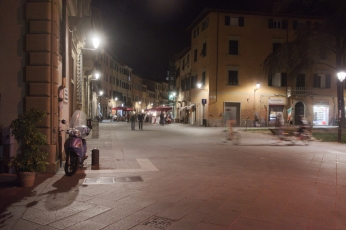 Pisa street by night