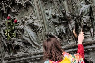 Duomo's Doors-1