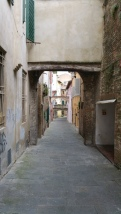 Narrow streets of Siena