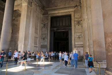 Pantheon entrance