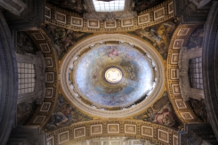 St Peter Basilica majestic ceiling 2