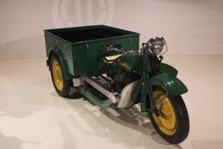 Hiroshima Mazda first vehicles 2