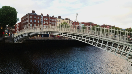 Dublin 13 Ha' Penny Bridge