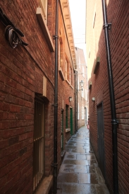 Narrow streets of York 2