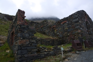 On the way up - Miners Track ruins