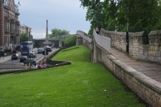 York's city walls