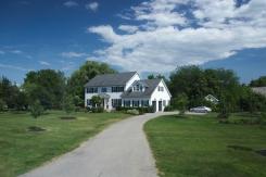 21. Niagara River Multimillion Dollar houses 4