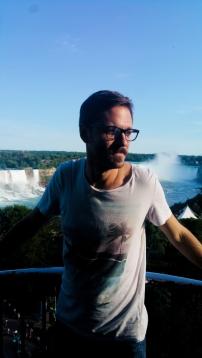 36. Niagara Falls Hands Cut off