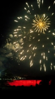 44. Niagara Falls Fireworks 3