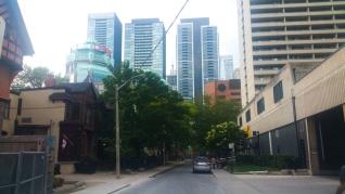 Toronto 1 bike ride hostel