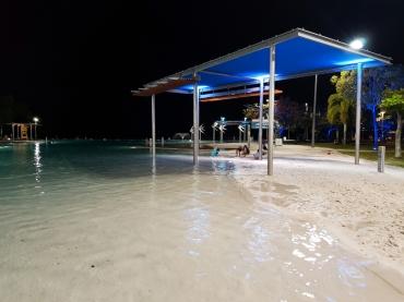 Cairns seaside pools 6